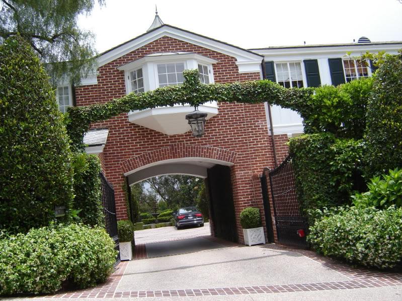 Malibu Home Belonging to Family of Michael Landon Hits