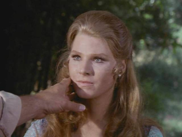 mariette hartley young